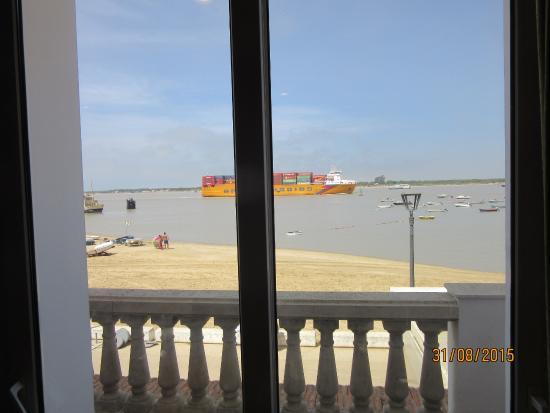 Vistas al rio desde el restaurante fotograf a de casa bigote sanl car de barrameda tripadvisor - Casa bigote sanlucar ...