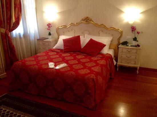 Hotel San Luca: photo1.jpg
