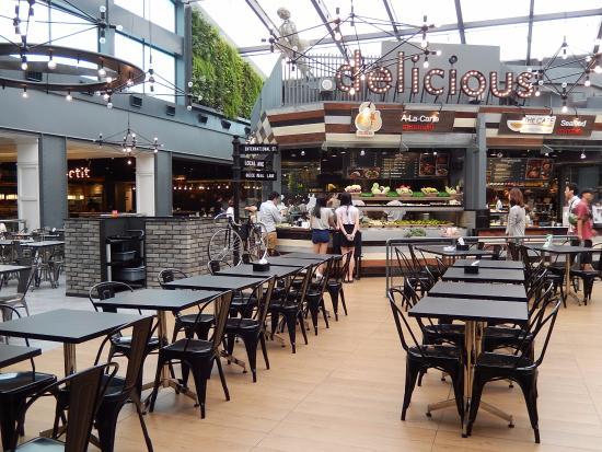 おしゃれなフードコート Picture Of Food Republik Siam Center