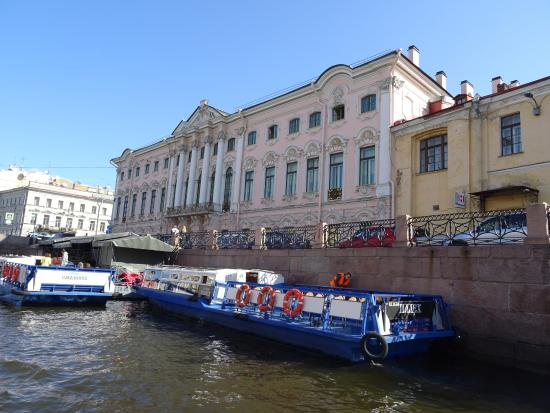 Anglo Tourismo Boat and Walking Tours : Canal tour