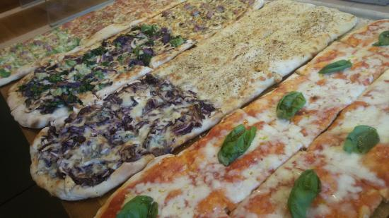 Bancone pizza - Picture of Zizzi Pizza, Rome - TripAdvisor