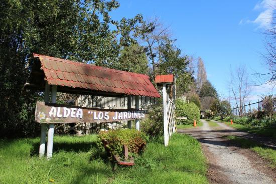 Cabanas aldea los jardines de osorno chile omd men och for Cabanas de jardin