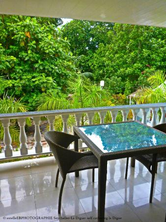 La Digue Self-Catering Apartments: terrasse