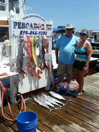 Charter fishing in destin pescador iii 2018 all you for Destin florida fishing trips