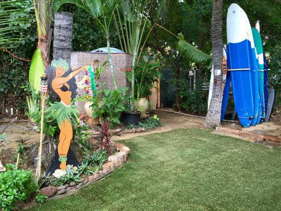 The Tiki Beach Hostel: The good life