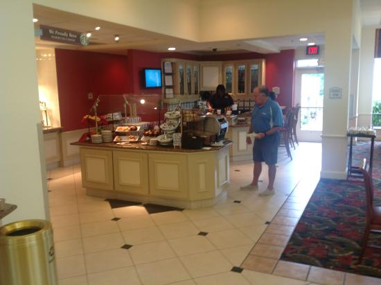 Dining Area Picture Of Hilton Garden Inn Fredericksburg Fredericksburg Tripadvisor
