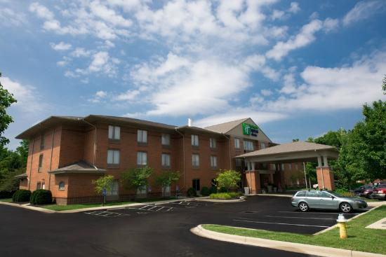 Holiday Inn Express Suites Dayton Centerville Updated 2018 Prices Hotel Reviews Ohio Tripadvisor