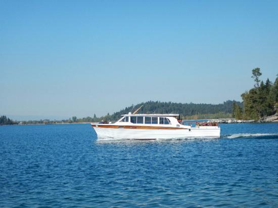Averill's Flathead Lake Lodge: Lake cruise