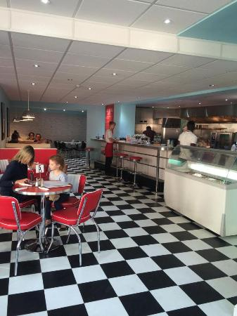 Diner and ice-cream parlour - Ringwood