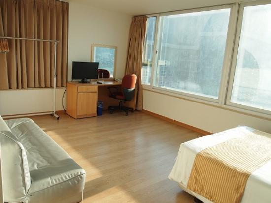 Hyundai Residence : 一人部屋