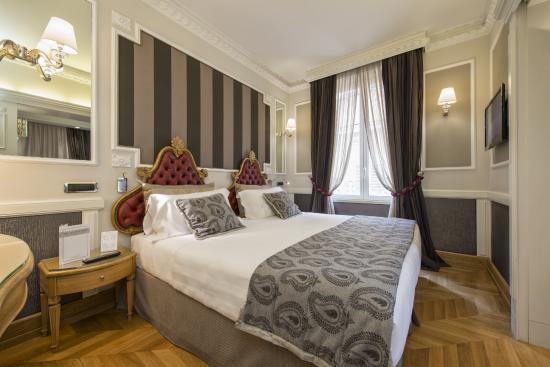 Hotel Artemide - room photo 11026230