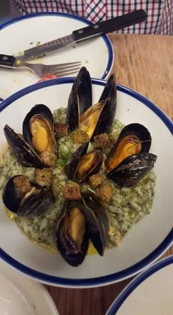 Outlaw's Fish Kitchen: MUSSELS & SEAWEED RISOTTO