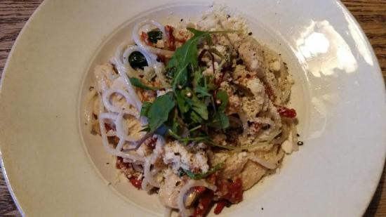 Resto Urban Dining: Delicious gluten free option pasta with sundried tomato chicken