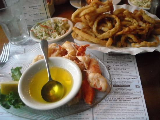Sagamore, MA: The sauteed lobster & onion rings