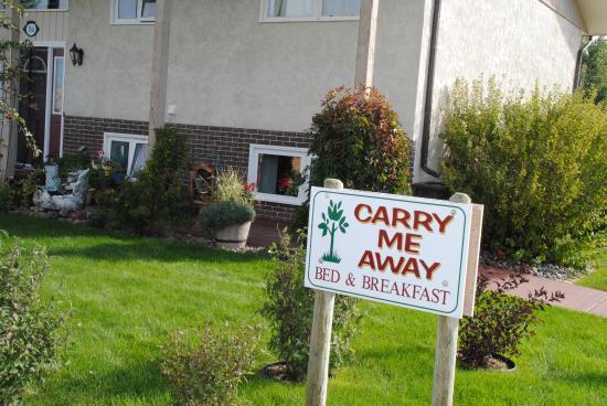 Carry Me Away Bed & Breakfast