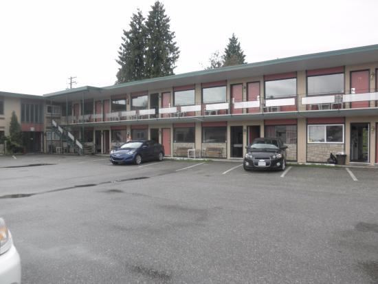 Alpine Inn & Suites: Het aanzicht