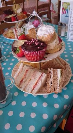 Tea-Licious Tearooms
