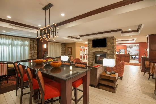 Hampton Inn Kingston: Hotel Lobby