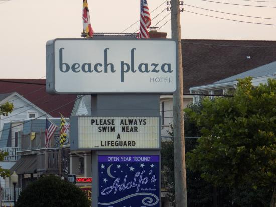 Beach Plaza Hotel: Sign from boardwalk