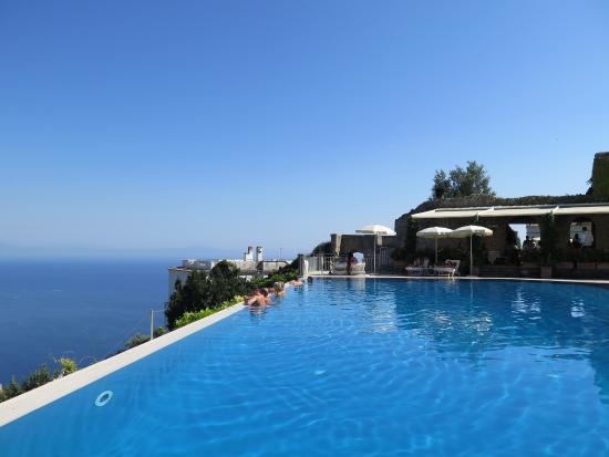 piscina picture of belmond hotel caruso ravello