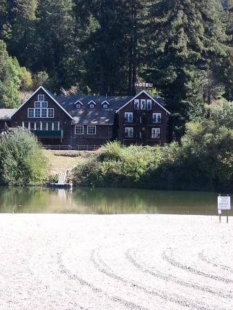 Highland Dell Lodge: From Monte Rio Beach