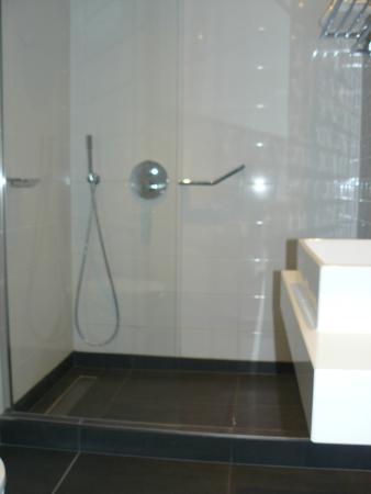Badkamer - Picture of Hotel Den Haag-Wassenaar, Wassenaar - TripAdvisor