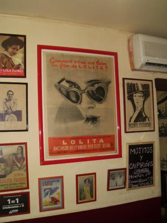 Cafe de Levante: inside