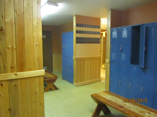 Gym locker room picture of the inn at silver creek granby
