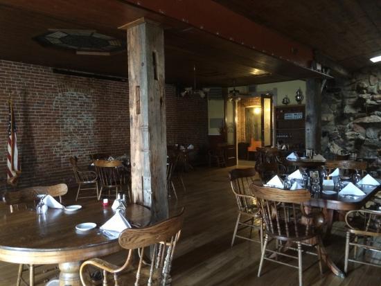 Alturas, Kalifornien: The High Grade Restaurant Interior