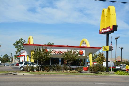 Mcdonald S West Memphis 1800 N Missouri St Restaurant Reviews Phone Number Photos Tripadvisor