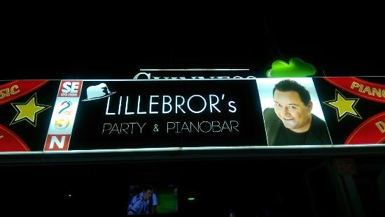 ‪Lillebrors Party & Pianobar‬