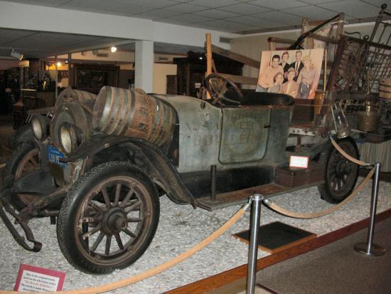 Ralph Foster Museum Jed Clampett S Truck