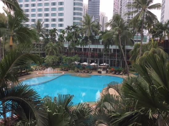 Garden Wing Pool View Room Picture Of Shangri La Hotel Singapore Singapore Tripadvisor