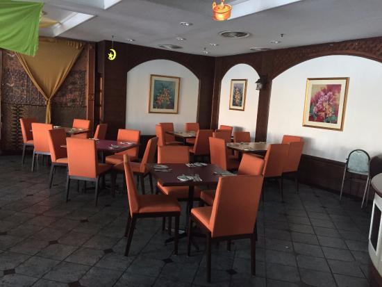 Grand DarulMakmur Hotel Kuantan: Seri Suria