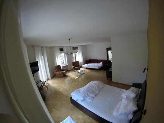 Pension FurDich : king bed (split mattresses)