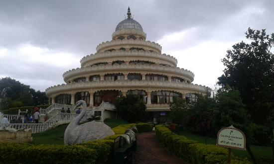 Most Spiritual And Beautiful Place In Bangalore Picture Of Art Of Living International Center