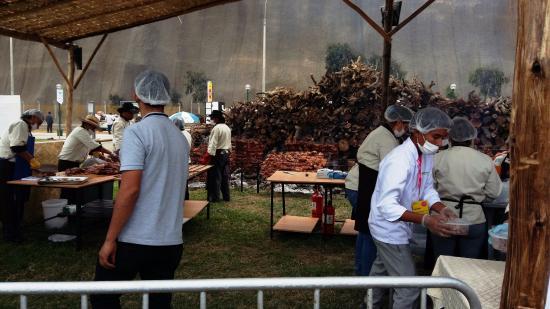 Pachacamac, Perù: Esperando mi plato.