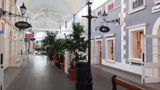 Fashion House Outlet Centre - Review of Designer Outlet Warszawa ...
