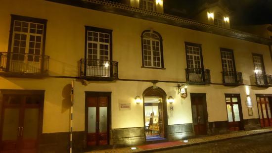 Hotel Camoes entrance at night