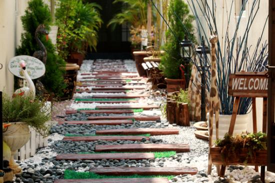 Beau Sri Senawang Hotel: Gardent