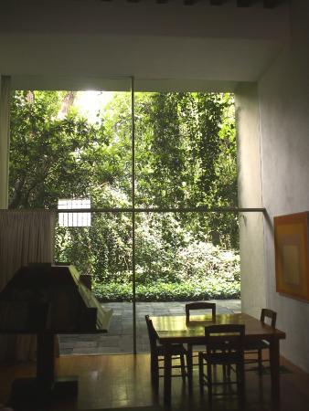Vista de la terraza picture of museo casa luis barragan for Jardin 17 luis barragan
