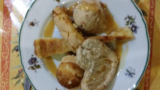 Le Mas des Vertes Rives: assiette gourmande
