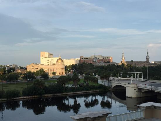 Sheraton Tampa Riverwalk Hotel: view from 3rd floor