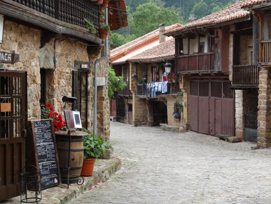 casa rural cantabria barcena mayor