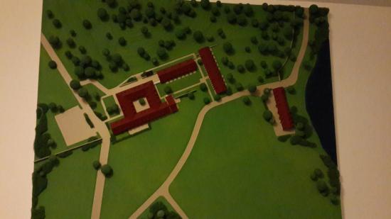 Moritzburg Castle - Picture of Churfuerstliche Waldschaenke ...
