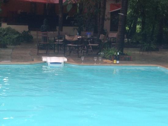 Mango Beach House - The Getaway @ Awas - Alibaug : Pool