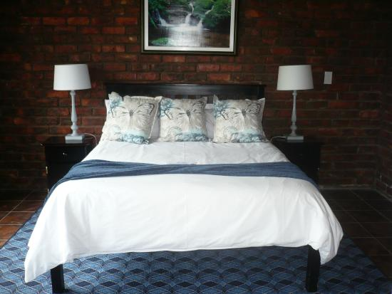 Swallows Nest Country Cottages: Cosy and snug beds