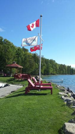 Manitoulin Island, Kanada: Beautiful  place  very pretty and we'll taken care of