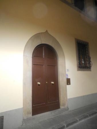 Sanctuary Firenze: Front door