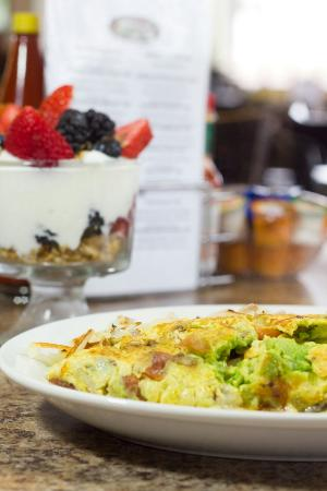 Yolks & Berries: California Omelette and Fruit Parfait